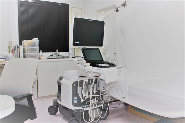 診察室 超音波検査装置(1)